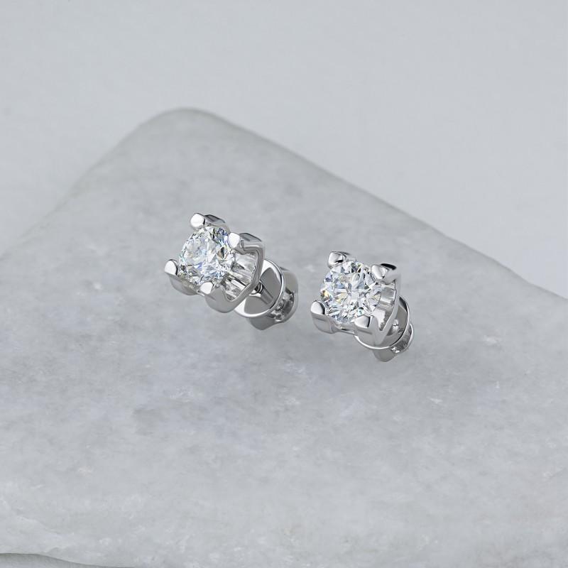 Пусеты из белого золота с бриллиантом э0901пс06200855 (фото 4)