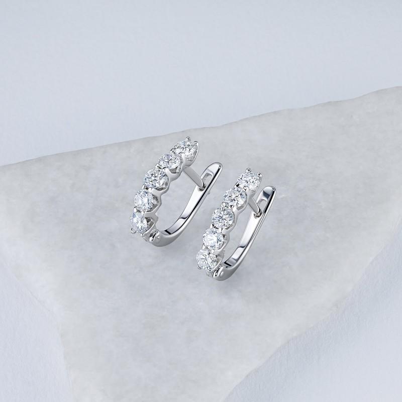 Серьги из белого золота с бриллиантом э0901сг09200956 (фото 4)
