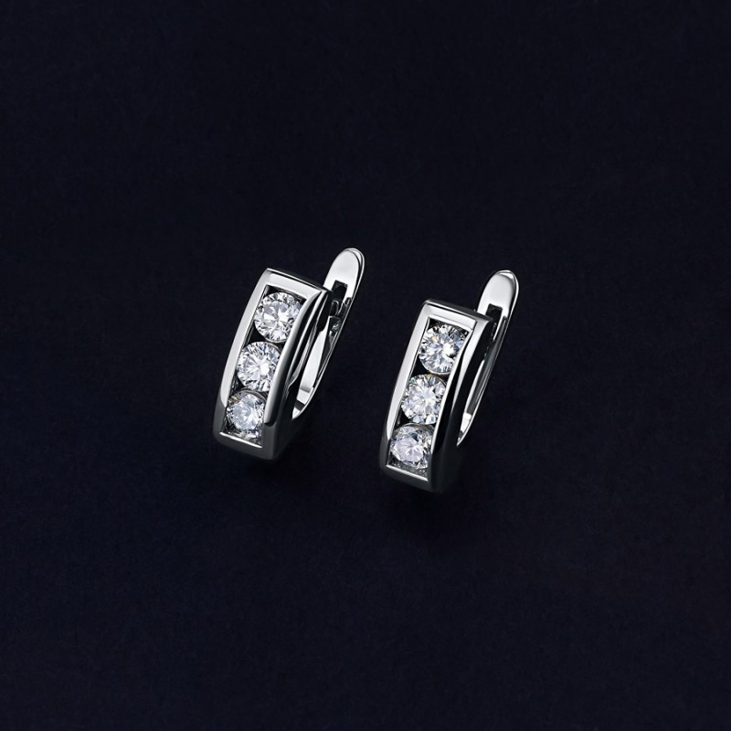 Серьги из белого золота с бриллиантом э0901сг01120300 (фото 4)