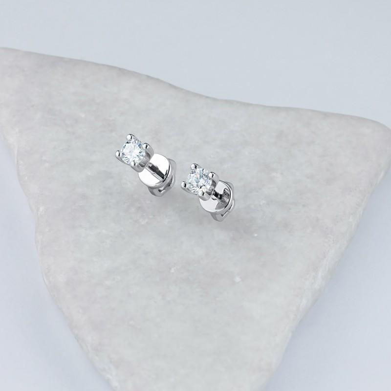 Пусеты из белого золота с бриллиантом э0901пс06200852 (фото 4)